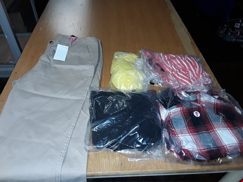 Lot 8061 LOT OF APPROXIMATELY 5 ASSORTED DESIGNER CLOTHING ITEMS TO INCLUDE RED CHECK DRESS AND STONE CHINOS TROUSERS