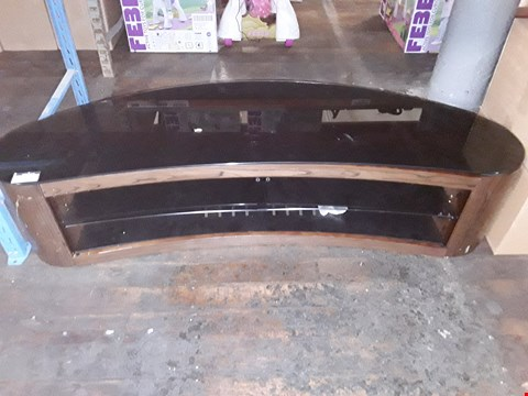 Lot 1400 GLASS / WOOD EFFECT LARGE TV STAND