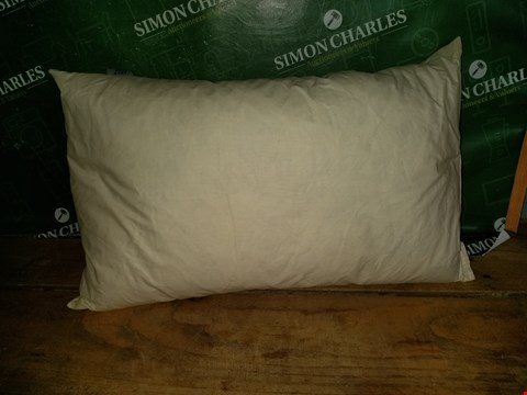 "Lot 7049 SMALL 20"" X 12"" PILLOW"