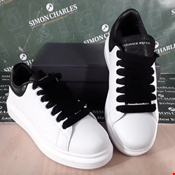 Lot 24 BOXED PAIR OF ALEXANDER MCQUEEN STYLE WHITE/BLACK TRAINERS SIZE EU5.5