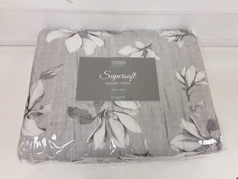 Lot 492 COZEE HOME SUPERSOFT QUILTED THROW