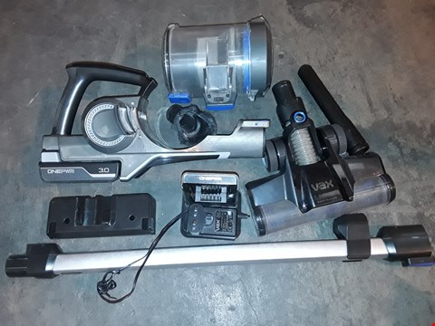 Lot 1045 VAX ONEPWR BLADE 3 CORDLESS VACUUM CLEANER