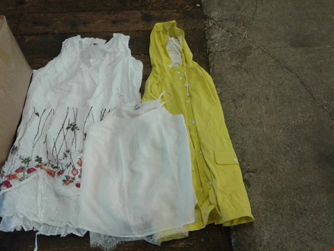 Lot 220 BOX OF APPROXIMATELY 25 CLOTHING ITEMS TO INCLUDE WHITE TOP, YELLOW RAINCOAT AND WHITE FLORAL PATTERN DRESS