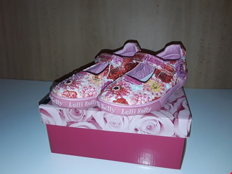 Lot 12710 BOXED LELLI KELLY DANIELLE PINK FLORAL JEWLED TRAINERS UK SIZE 10 JUNIOR