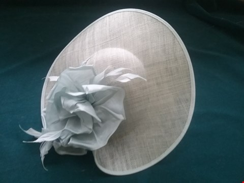 Lot 41 BRAND NEW NIGEL RAYMENT HAT RRP £118.00