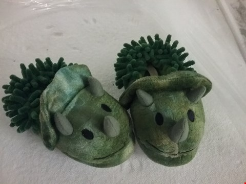 Lot 130 LILY & DAN TRICERATOPS SHOES - GREEN, SIZE 10 JUNIOR