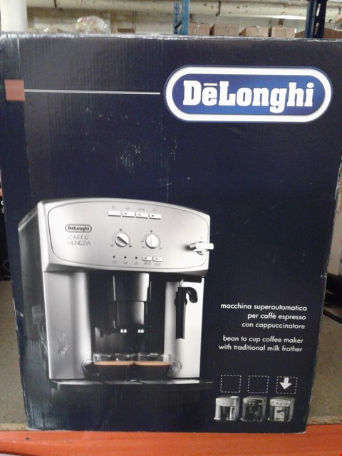 Lot 8305 DELONGHI VENEZIA COFFEE MACHINE