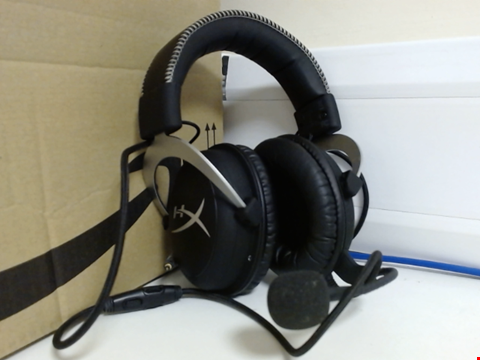 Lot 15003 HYPERX CLOUDX HEADSET FOR XBOX ONE