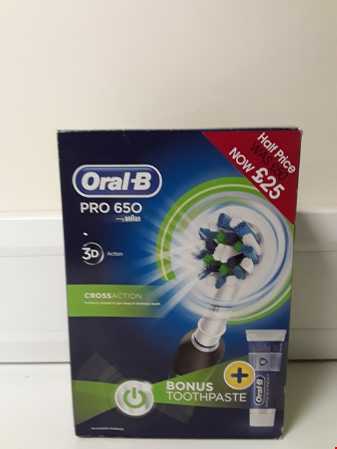 Lot 6083 BOXED ORAL-B PRO 650 TOOTHBRUSH