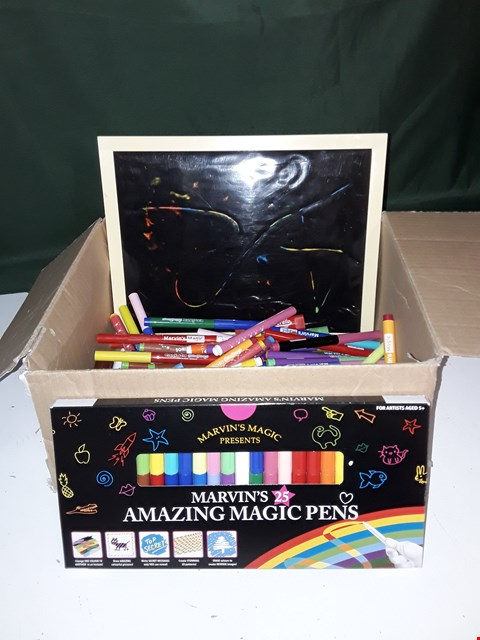 Lot 1081 4 X MARVIN'S MAGIC SET OF 25 COLOUR CHANGING PENS
