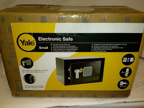 Lot 4546 YALE ELECTRONIC SAFE - SMALL