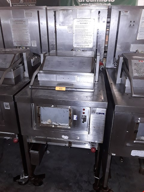 Lot 23 HENNY PENNY 8 HEAD FRYER