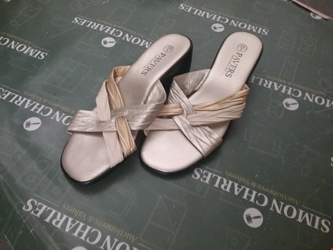 Lot 12269 PAIR OF GOLDEN BOWED SANDALS - UK SIZE 5