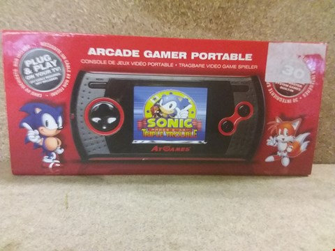 Lot 421 BRAND NEW BOXED ARCADE GAMER PORTABLE, 30 SEGA GAME GEAR AND SEGA MASTER SYSTEM GAMES BUILT-IN