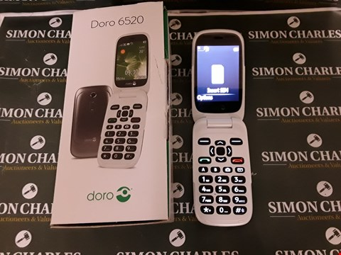 Lot 8029 DORO 6520 WHITE MOBILE PHONE