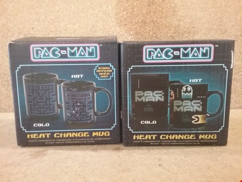Lot 338 2 BRAND NEW BOXED PAC MAN  MUGS