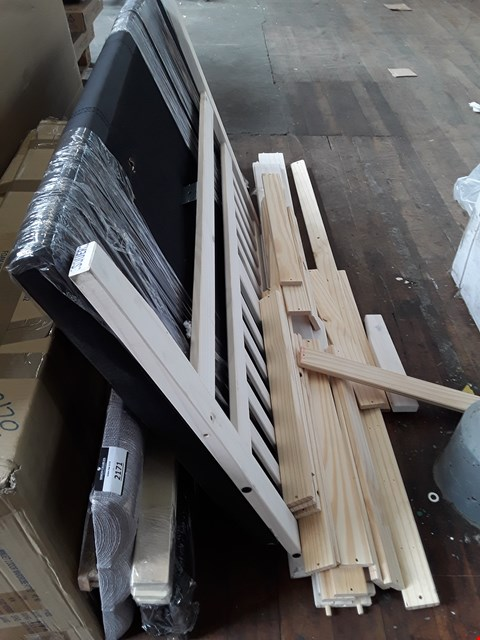 Lot 2171 LOT OF ASSORTED BED FRAME PARTS