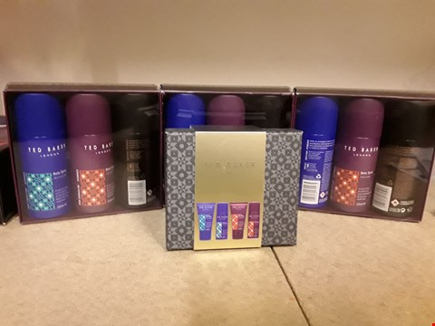 Lot 2018 LOT OF 4 ITEMS TO INCLUDE 3 X TED BAKER HIGHBURY BODY SPRAY GIFT SETS AND 1 X TED BAKER BELIZE GIFT SET