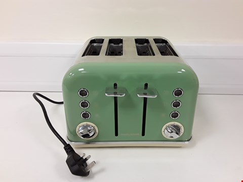 Lot 6012 BOXED MORPHY RICHARDS 4-SLICE TOASTER