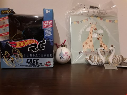Lot 2420 LOT OF 4 ASSORTED ITEMS TO INCLUDE HOT WHEELS DRX CAGE FIGHTER DRONE, PACK OF 2 WHITE/GOLD RESIN SWAN TREE DECORATIONS PERSONALISED MAGICAL UNICORN CHRISTMAS TREE BAUBLE, PERSONALISED BIG SIBLING BOOK RRP £76.98