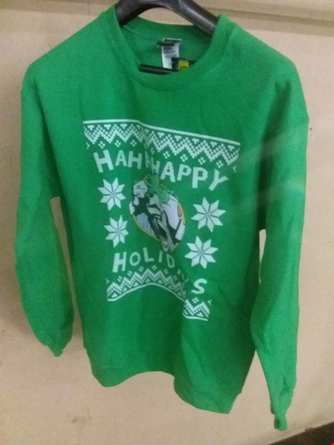 Lot 5074 BRAND NEW BAGGED MEDIUM JOKER HA HA HAPPY HOLIDAYS SWEATSHIRT