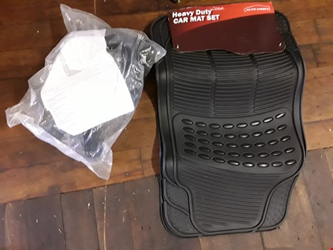 Lot 43 SET HEAVY DUTY RUBBER MATS & PAIR MUD FLAPS