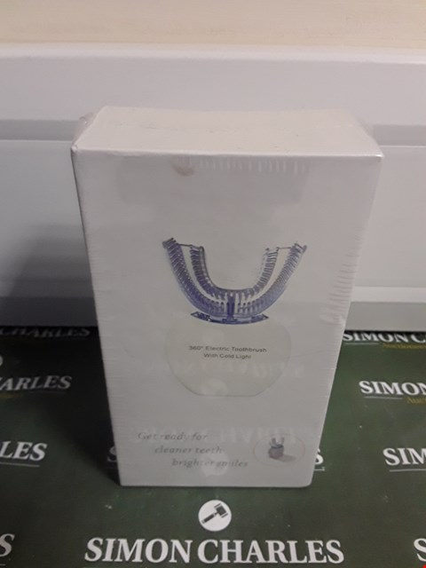 Lot 1468 360° ELECTRIC TOOTHBRUSH WITH COLD LIGHT