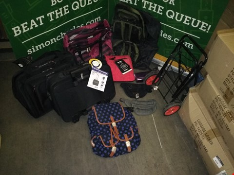 Lot 9137 BOX OF APPROXIMATELY 20 BAGS TO INCLUDE FLYGEAR BLACK/KHAKI BACKPACK, BORDERLINE WAIST BAG VARIOUS COLOURS, COMPASS 30L FLORAL PATTERN BAG, PURPLE CLUTCH BAG, CITIES BLACK WHEELED CARRY ON BAG, ETC
