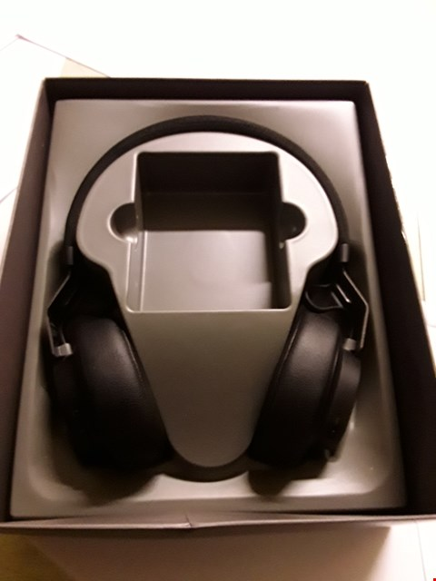 Lot 5018 JABRA MOVE STYLE EDITION OVER EAR HEADPHONES