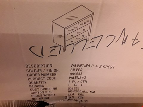 Lot 571 BOXED VALENTINA 2+2 CHEST - SILVER