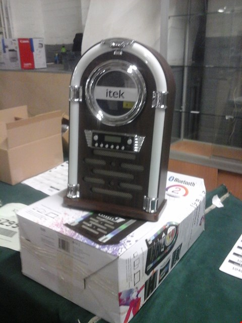 Lot 1023 BOXED ITEK BLUETOOTH JUKEBOX WITH CD PLAYER AND FM RADIO