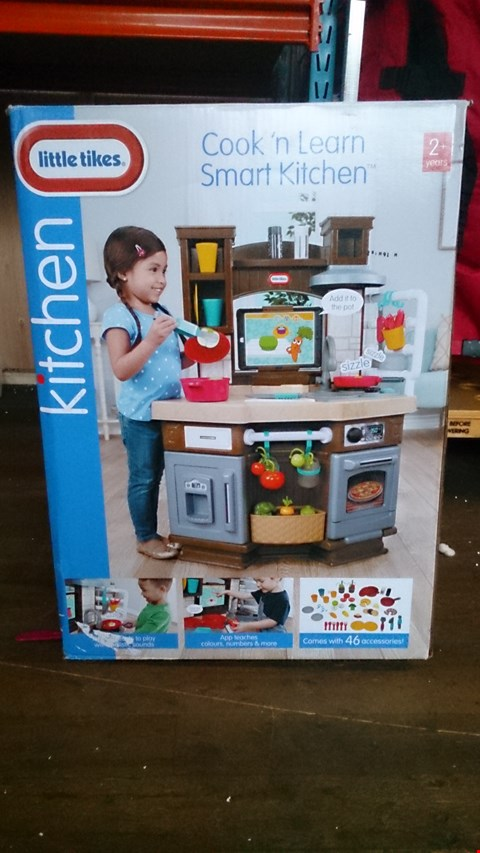 Lot 3485 COOK AND LEARN KITCHEN BY LITTLE TIKES. RRP £200.00