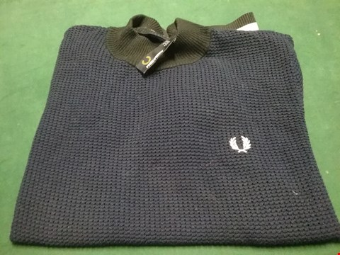 Lot 52 FRED PERRY NAVY/WHITE KNIT SHORT SLEVE JUMPER SIZE 12
