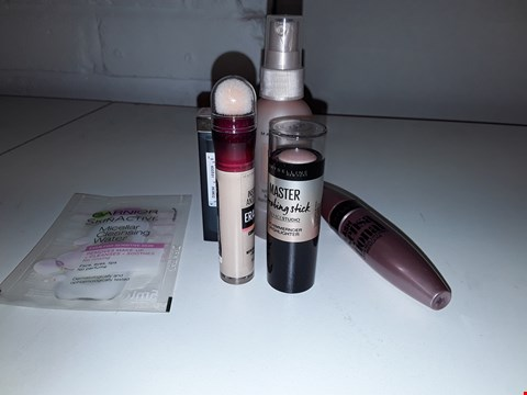 Lot 6031 BRAND NEW MAKE UP LOT OF 6