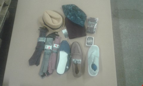 Lot 7075 BOX OF APPROXIMATELY 55 X ASSORTED CLOTHING ITEMS TO INCLUDE MENS TIES, SHOES AND HATS