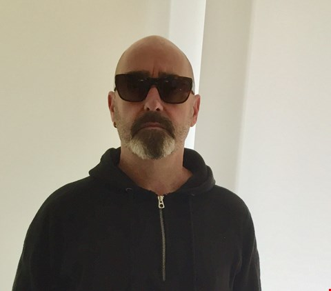 Lot 37 SHADES DONATED BY OASIS GUITARIST PAUL 'BONEHEAD' ARTHURS