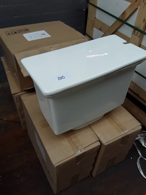 Lot 100 LOT OF 6 HIGH LEVEL CISTERNS - TAY042