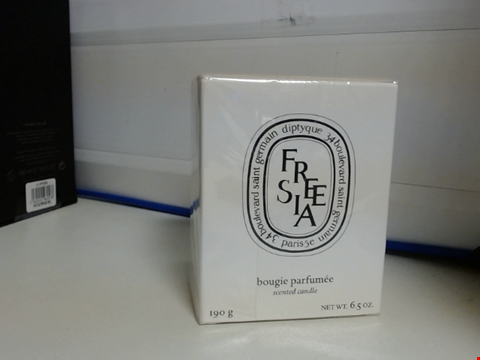 Lot 6376 DIPTYQUE WHITE FREESIA SCENTED CANDLE, 190G