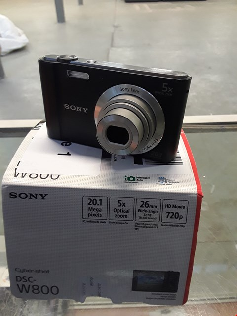 Lot 12 BOXED SONY DSC-W800 CYBER SHOT CAMERA.  RRP £159.00