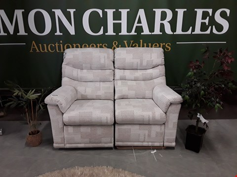 Lot 3019 QUALITY BRITISH MADE, HARDWOOD FRAMED PALE GREY PATTERNED FABRIC MANUAL RECLINING 2 SEATER SOFA