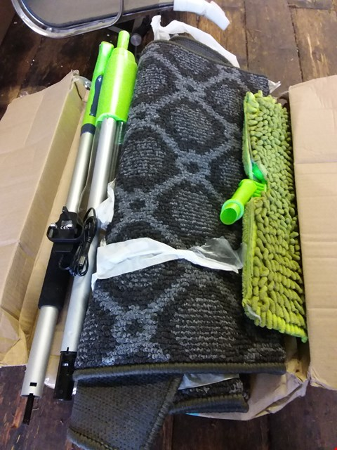 Lot 606 LOT OF 4 ITEMS TO INCLUDE ELECTRIC HOVER MOP, 50FT HOSE + TOTE BAG, IT WORKS FLIP DRY MOP ETC