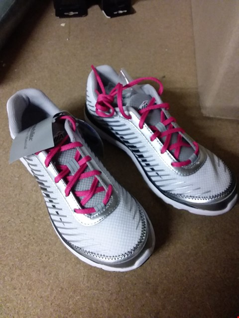 Lot 2086 LOT OF 4 PAIRS OF BRAND NEW AVIA MANTIS WOMEN'S RUNNING SHOES RRP £80