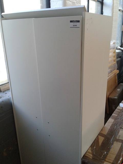 Lot 10112 PLAIN WHITE 2 DOOR WARDROBE