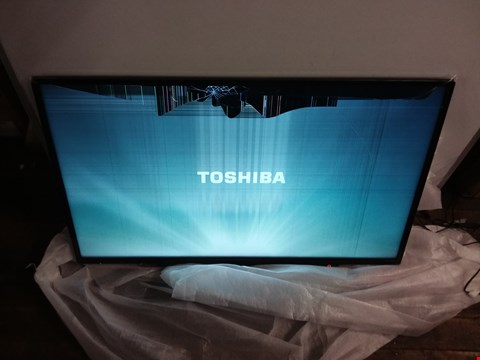 Lot 9088 TOSHIBA 43U2963DB TV 43""