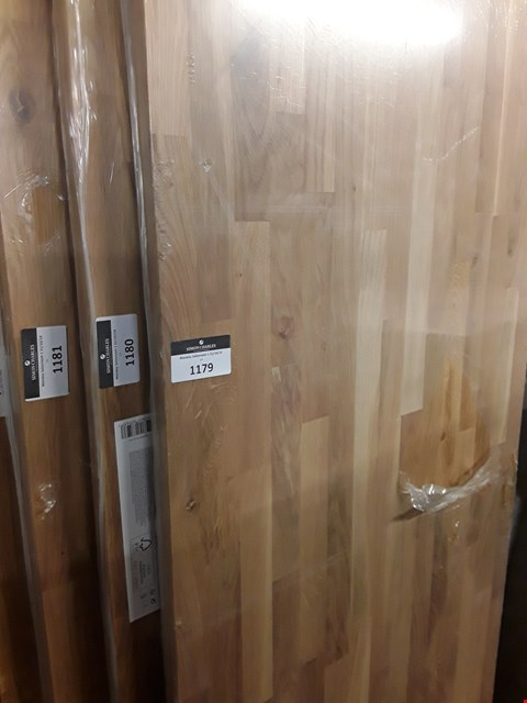 Lot 1179 25MM THICK SOLID OAK WORKTOP APPROXIMATELY 3M