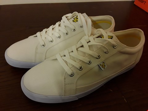 Lot 9056 PAIR OF WHITE CANVAS LYLE AND SCOTT PUMPS - SIZE UK 10