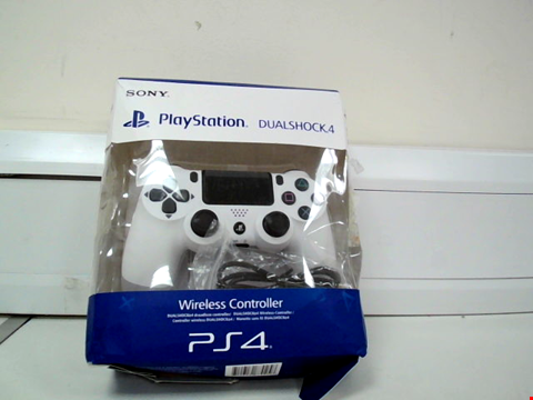 Lot 8056 PLAYSTATION 4 CONTROLLER IN WHITE