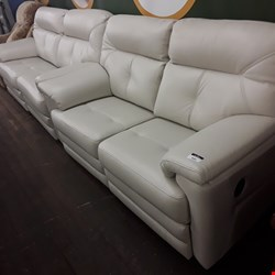 Lot 9004 QUALITY BRITISH MADE, HARDWOOD FRAMED CHALK LEATHER POWER RECLINING 2 SEATER AND MANUAL  RECLINING 3 SEATER SOFAS
