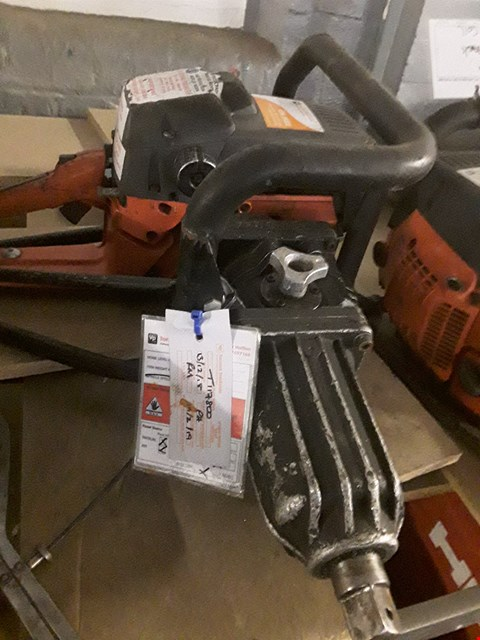 Lot 1028 2 STROKE IMPACT WRENCH