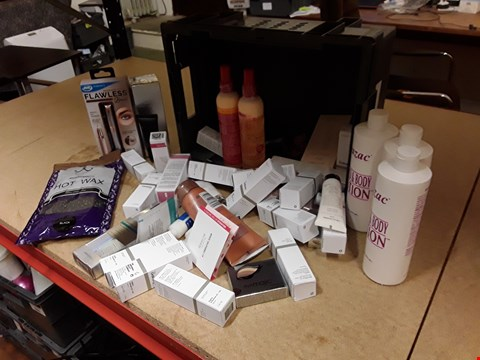 Lot 9013 TRAY OF APPROXIMATELY 44 ASSORTED BEAUTY ITEMS, INCLUDING, JML FLAWLESS BROWS KIT, HAND & BODY LOTION, ALPHA SERUM, EYEMAGIC EYE STICK, No7 BOOSTEF SERUM  (TRAY NOT INCLUDED)